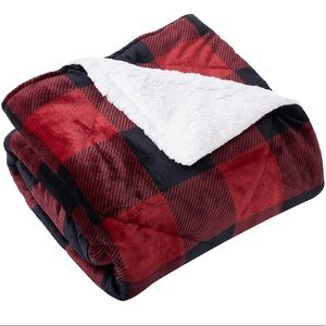 HomeSuite plaid throw with sherpa reverse.